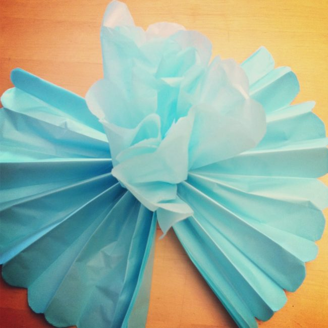 easy crepe paper flowers instructions